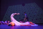 Alicia Díaz and Matthew Thornton in MindFluctuations by Maida Withers Dance Construction Company